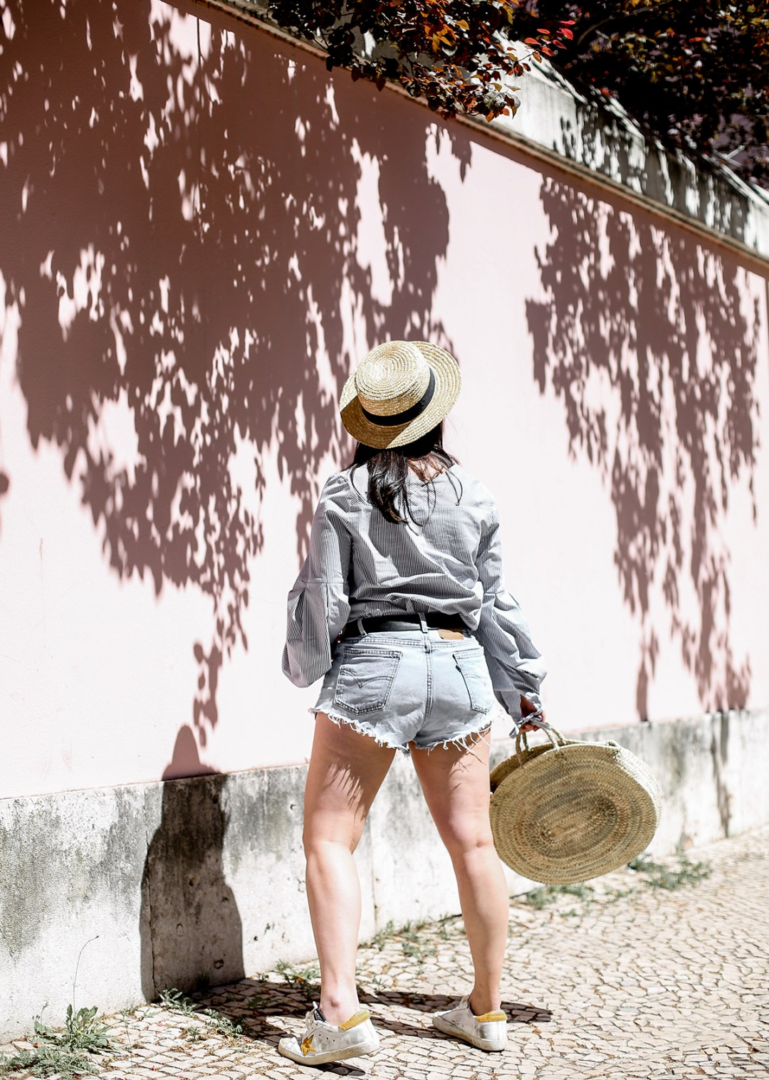 bershka-look-levis-short-basket-bag-myblueberrynightsblog7