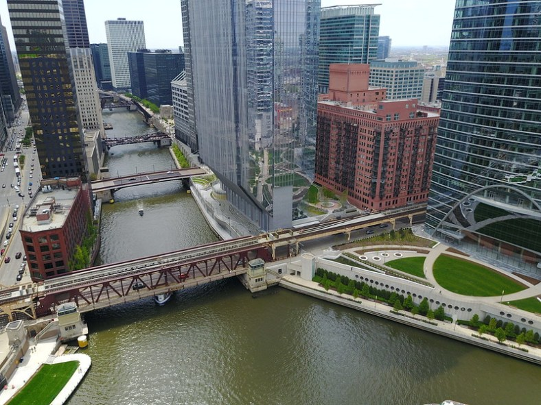 Plazas at 150 N Riverside and River Point (444 W Lake St)