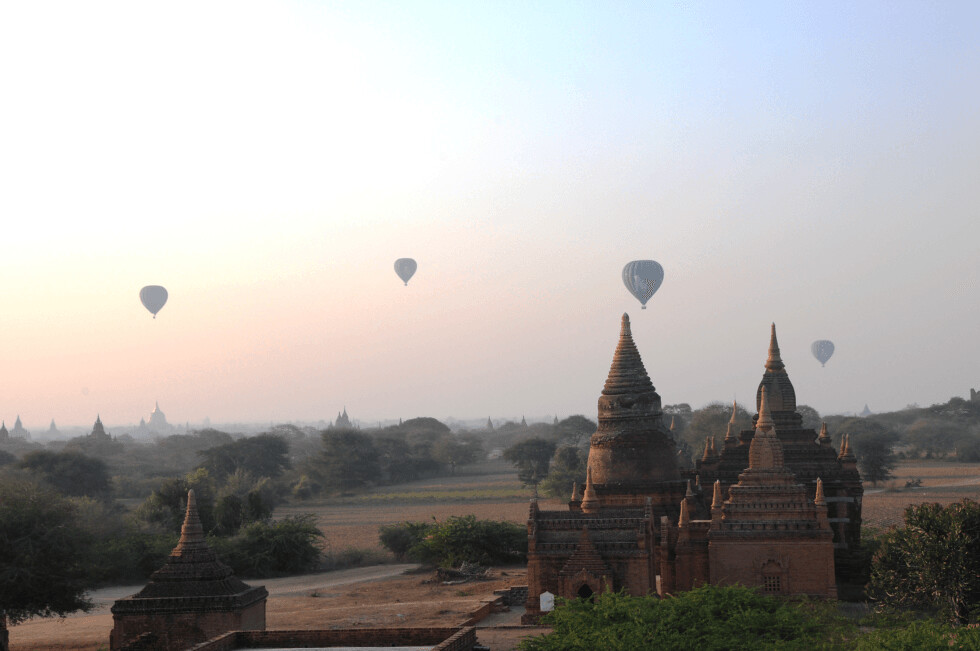 travel Bagan Myanmar