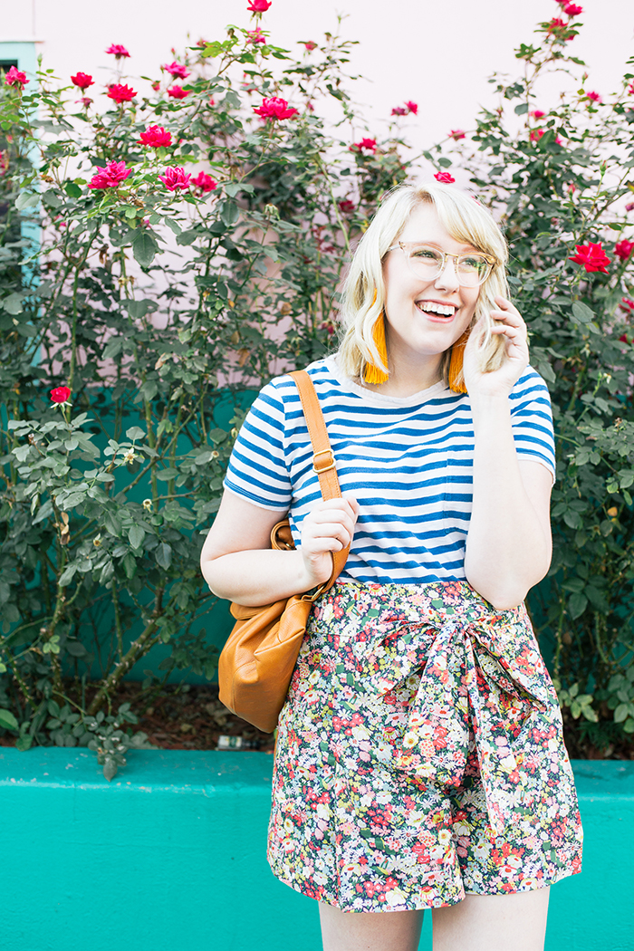 austin style blogger writes like a girl jcrew liberty floral shorts15