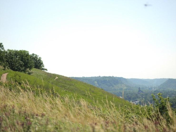 Hiking Barn Bluff