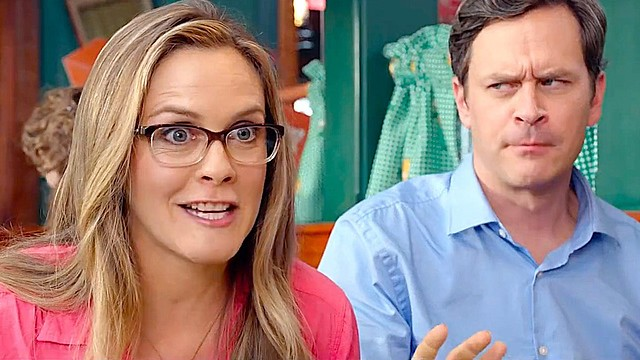 alicia-silverstone-and-tom-everett-scott-in-DIARY-OF-A-WIMPY-KID-THE-LONG-HAUL