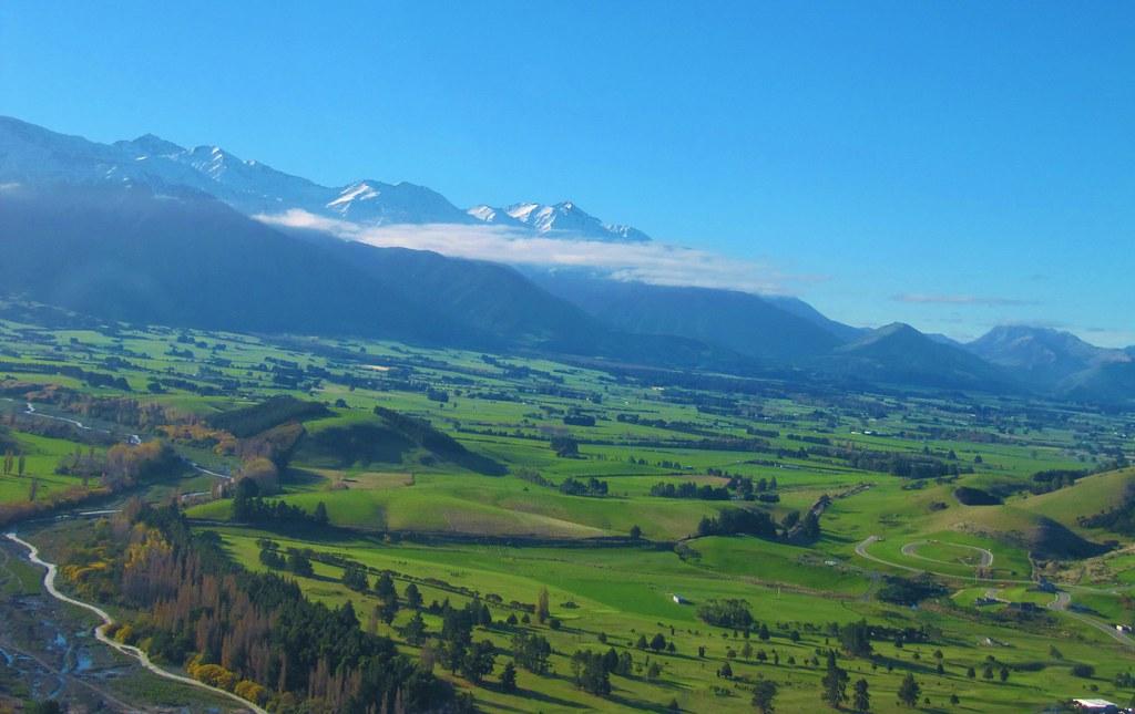 NZ 2011 2072