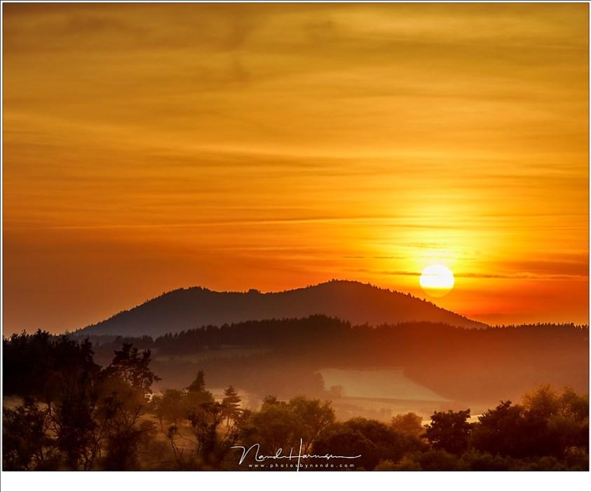 De Auvergne is het land van de vulkanen, oud en uitgedoofd, maar nog onmiskenbaar aanwezig.