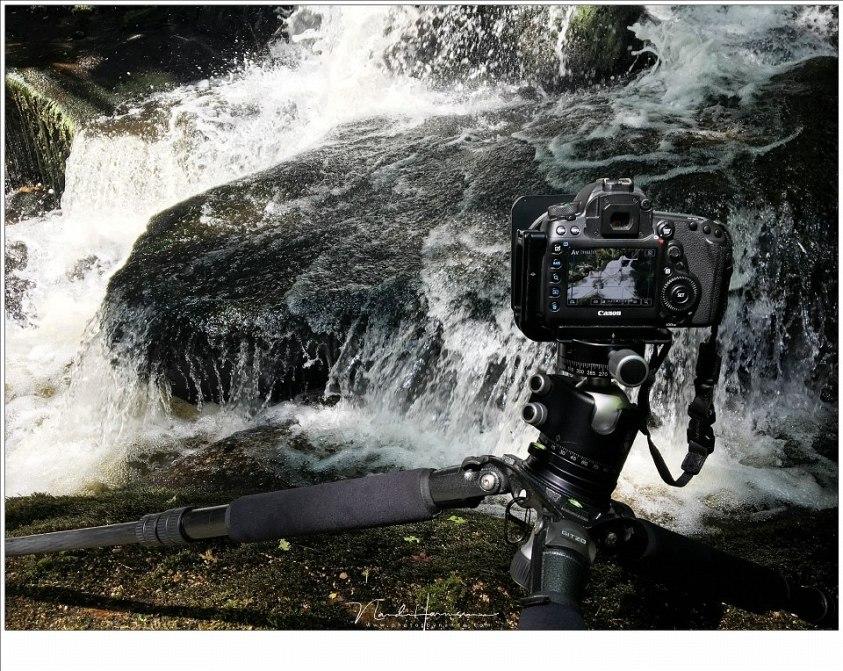 Wild water fotograferen tijdens de workshop in de Auvergne met behulp van live view, waarbij de touchscreen functionaliteit erg makkelijk en doeltreffend werkt.