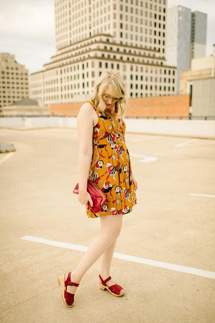 austin style blogger writes like a girl floral mustard dress6