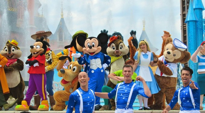 Happy Anniversary Disneyland Paris 01