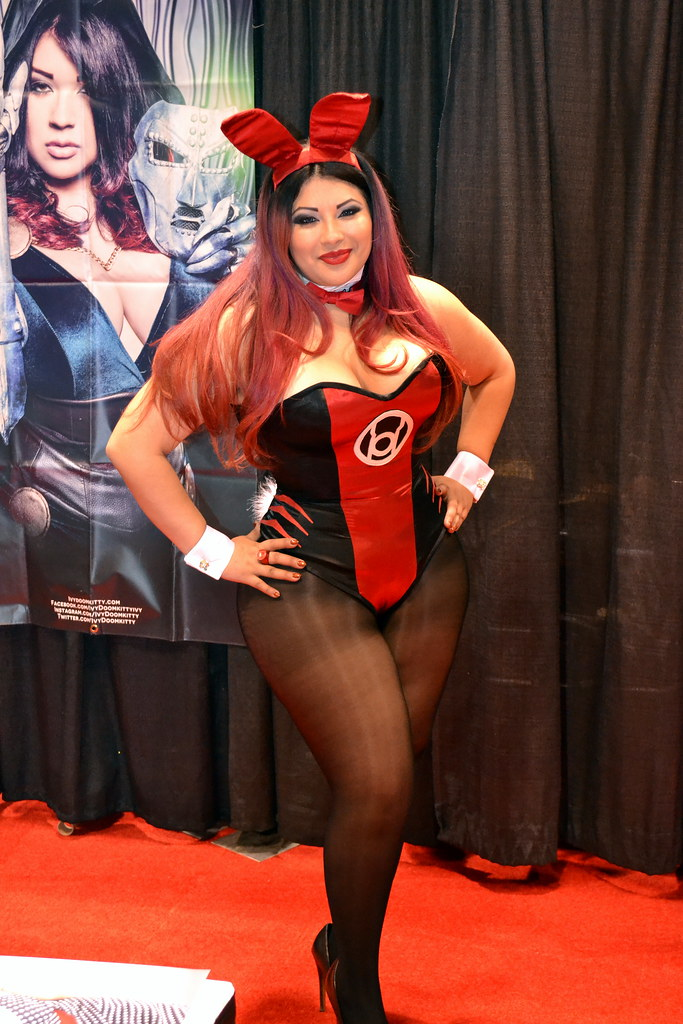 C2E2 Comic Con 2017  Professional cosplayer Ivy Doomkitty a  Flickr