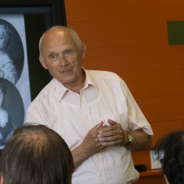 Reinhard Delau