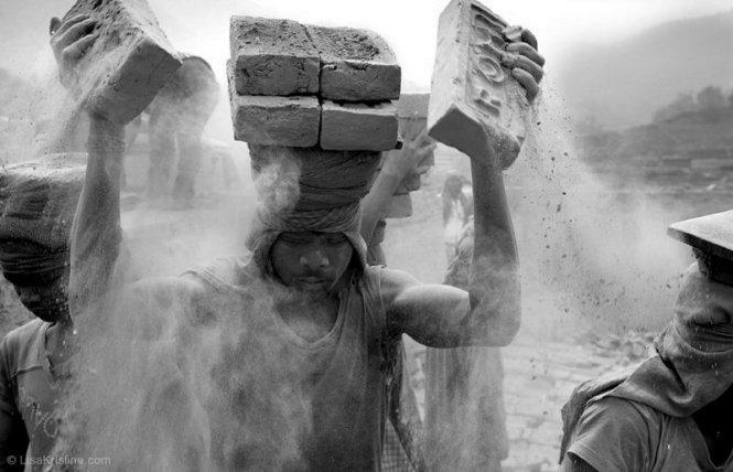 lisa_kristine_com-stacking-nepal-001