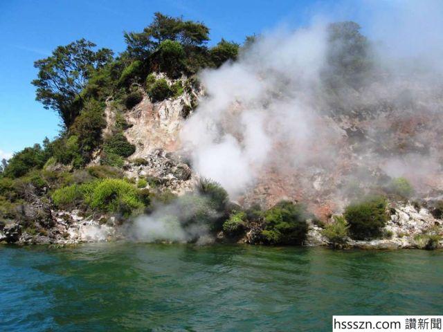 content-1497369930-lake-rotomahana-wall-steam_1000_750