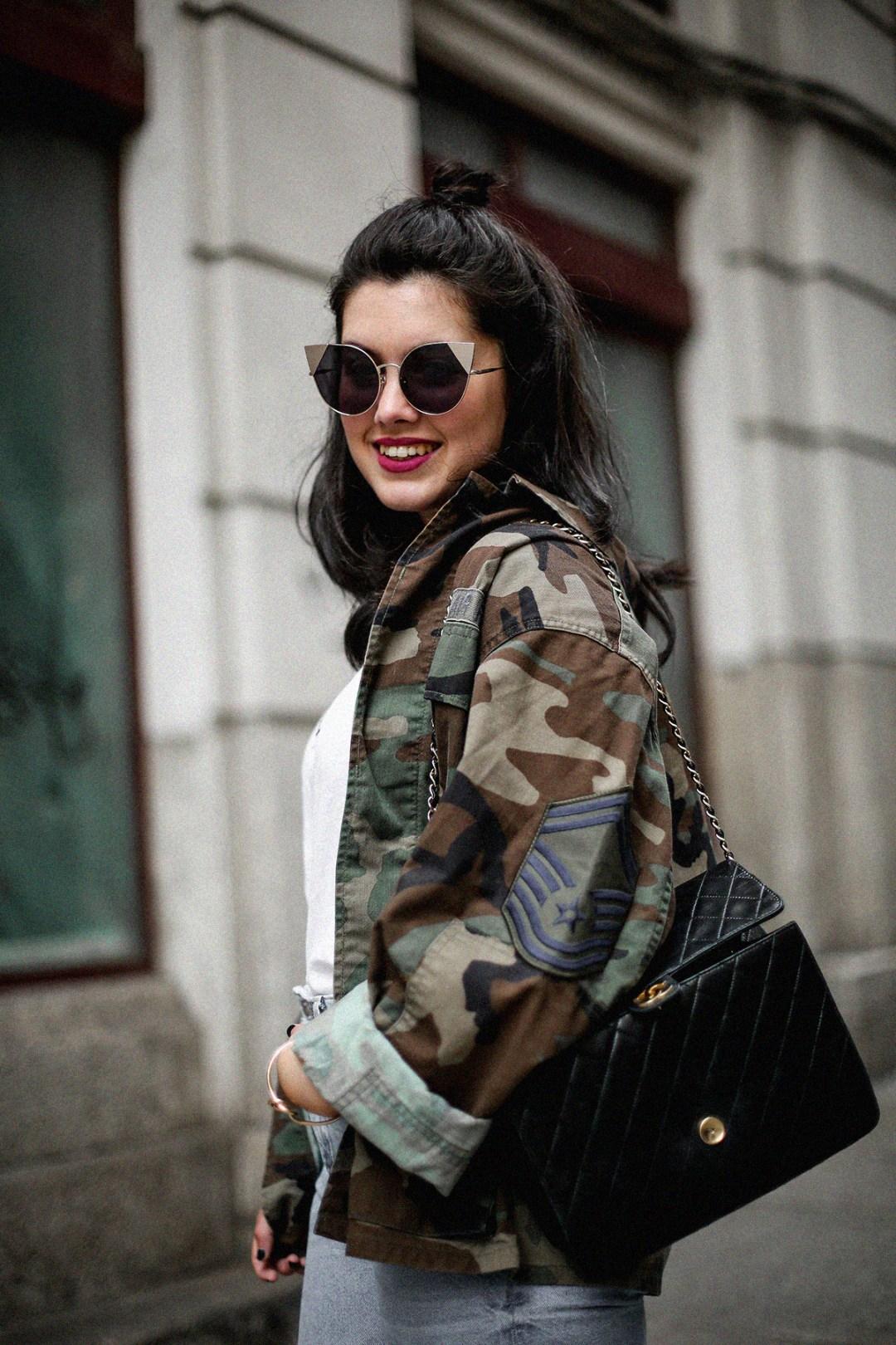 vintage-army-jacket-mom-jeans-espadrilles-myblueberrynightsblog5
