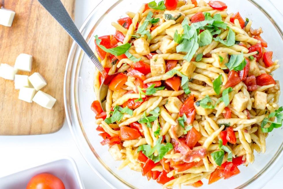 Tomato, Mozzarella, Prosciutto Pasta - a light, fresh, fast summer dish.