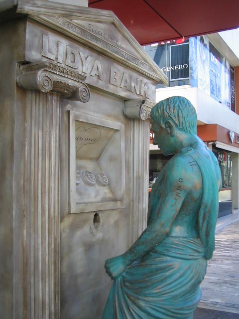 Ancient Roman using an ATM, Cumhuriyet Caddesi, Antalya