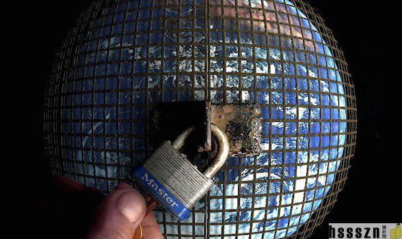 earth-prison_588_349