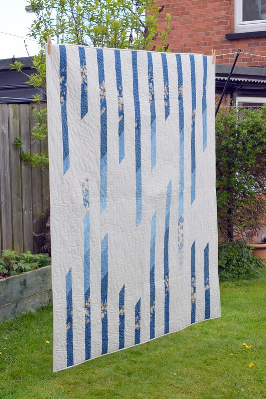 Ebb & Flow quilt (Popular Patchwork July17)