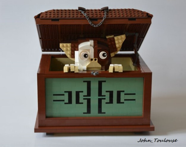What Are The Three Rules Of Owning A Lego Gizmo The