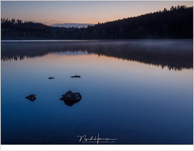 Lac du Malaguet, waar de zon haar gezicht nog niet heeft laten zien