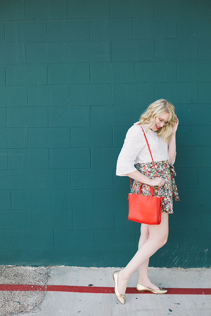 austin style blogger writes like a girl floral jcrew tie waist shorts9