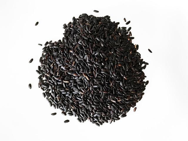 Arroz negro, venere, nerone, imperial o prohibido. koketo