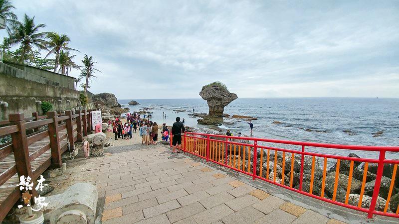 小琉球地標也是浮潛熱門景點 花瓶巖 琉球遊客中心   熊本一家の愛旅遊瘋攝影