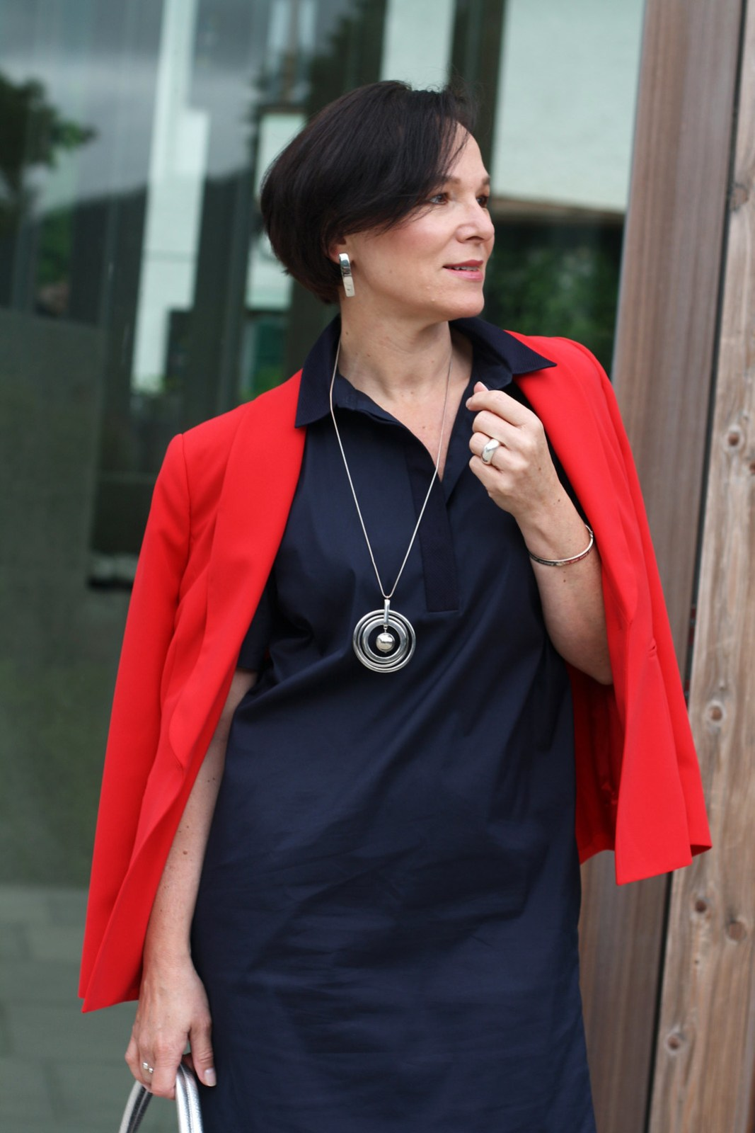 LadyofStyle Blue Shirtdress COS Red Blazer Madeleine Office Look
