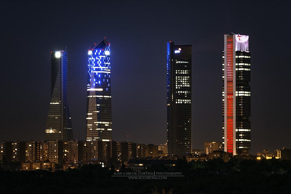 NUEVA ILUMINACION DE LAS CUATRO TORRES DE MADRID Torre de