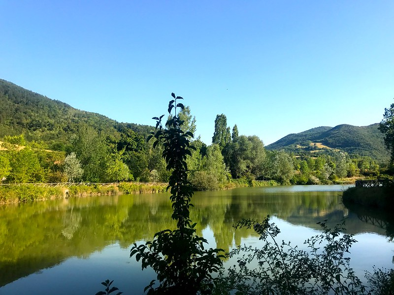 italy cycling trip - camping at fossi lake in marche italy