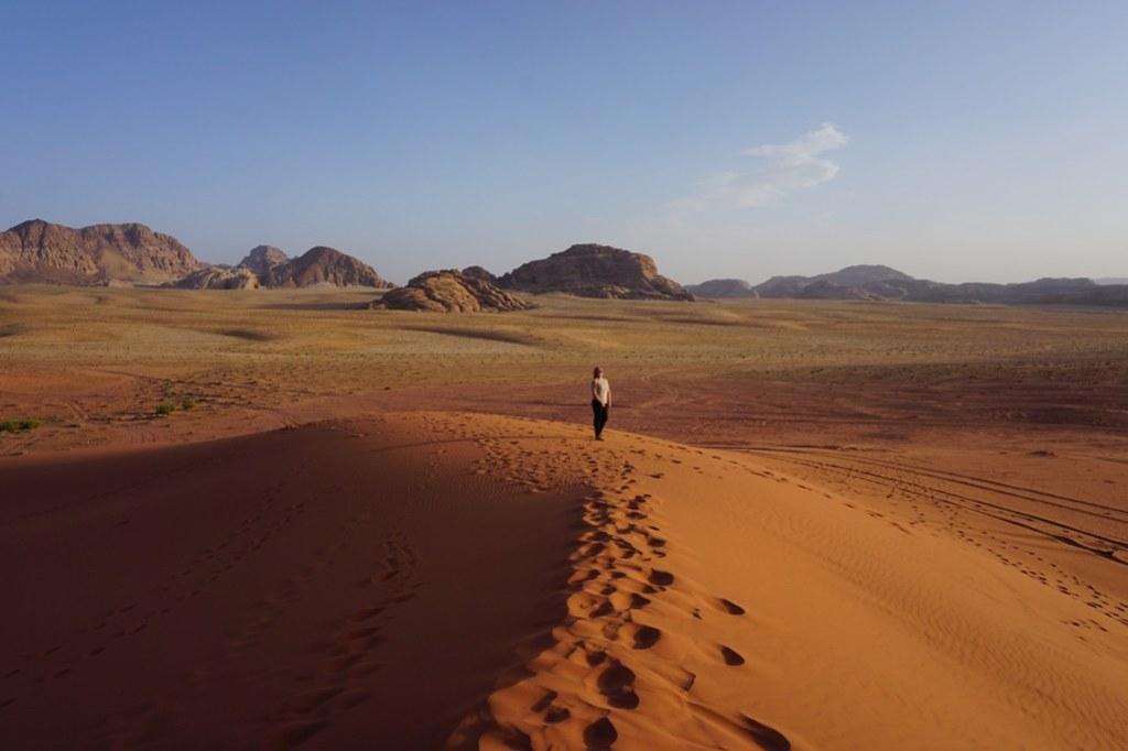 wadi rum red sand dune