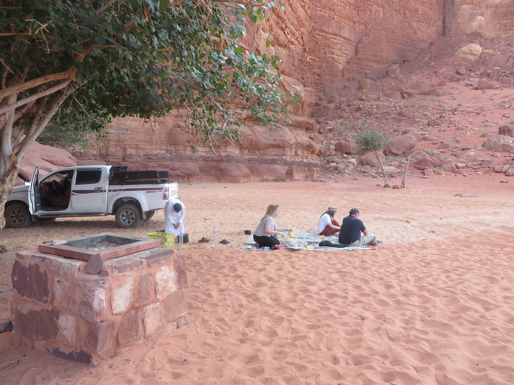 wadi rum picnic
