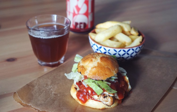 Gluten free brioche buns | gluten free chicken and halloumi burger with salsa + chips + First Chop gluten free Salford Red Ale