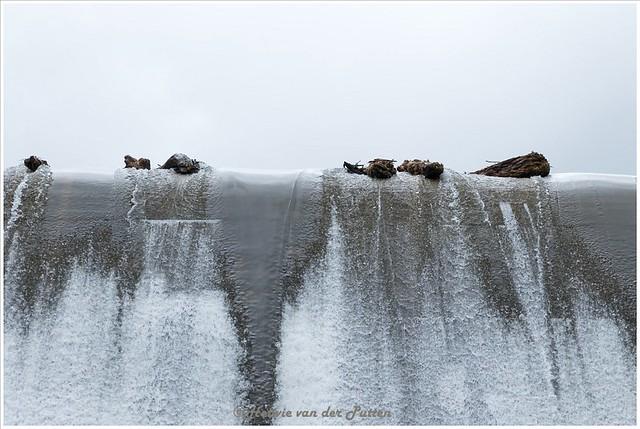 Het water dat van de Klamm See in de kloof valt.