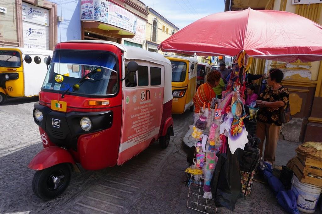 oaxaca mexico market car