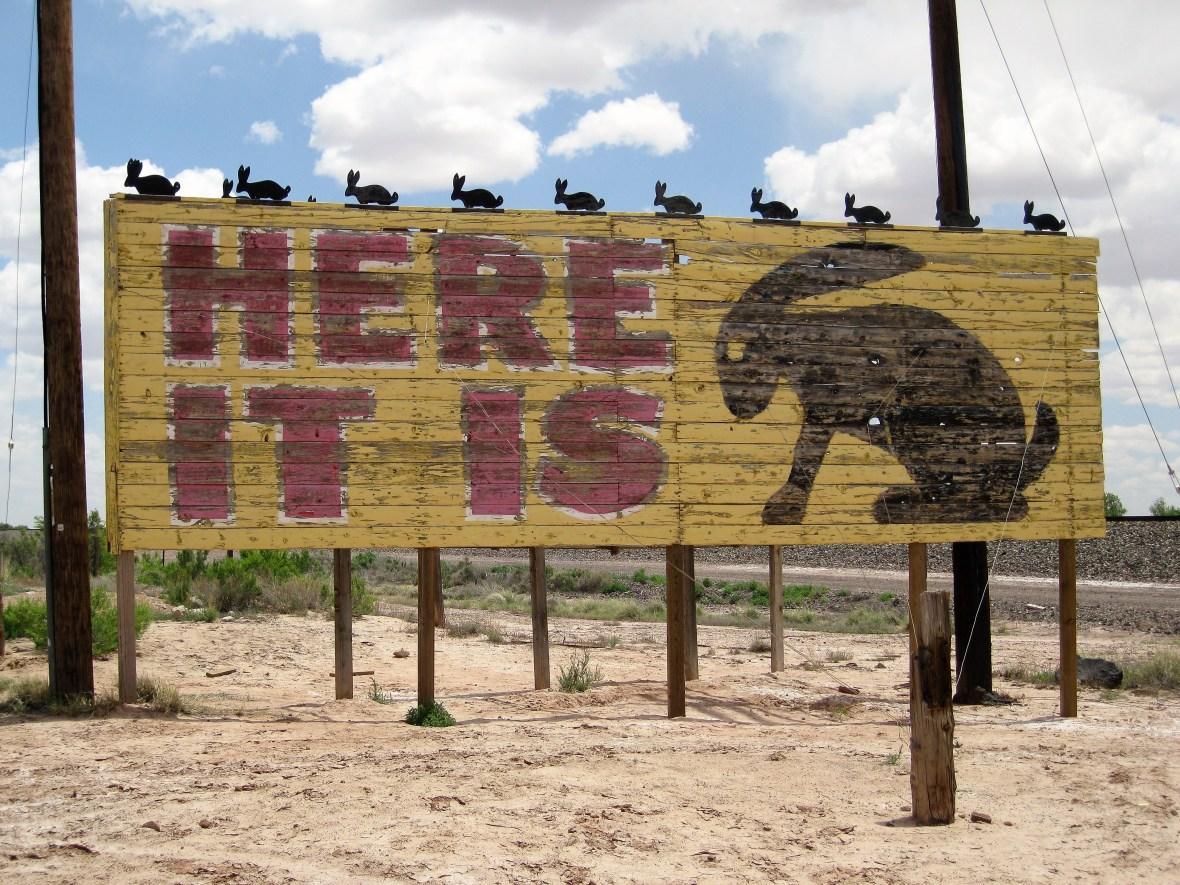 Jackrabbit Trading Post - 3386 Route 66, Joseph City, Arizona U.S.A. - May 26, 2016