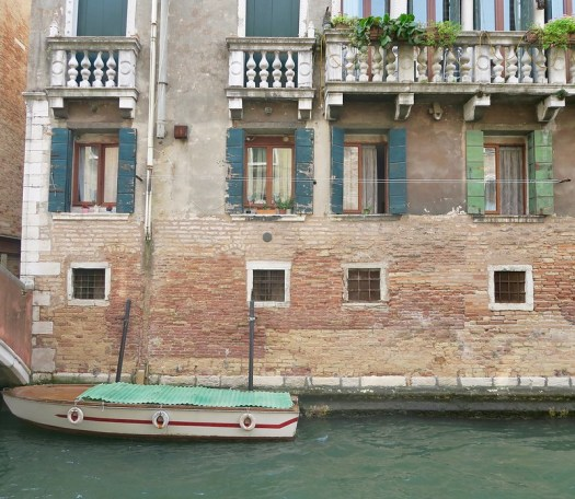Green boat, Venice