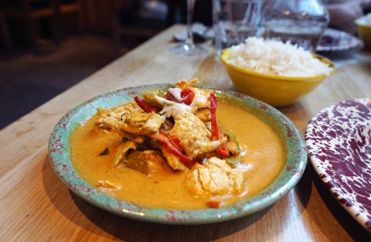 Thai red chicken curry from Rosa's Thai Cafe in Islington | gluten free Rosa's Thai Cafe