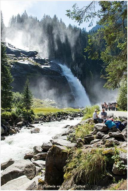 Drukte bij de Krimmler Wasserfälle.