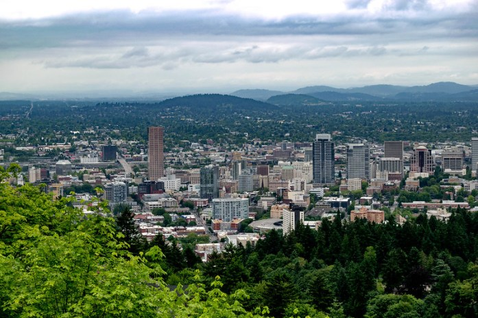 Vista de Portland desde el jardín de Pittock Mansion - Road trip por Oregon