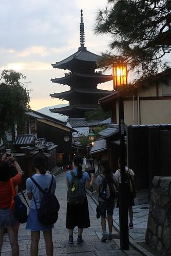 【2017日本京都七日訪】通往清水寺的那些步道:五条坂、三年坂、清水坂