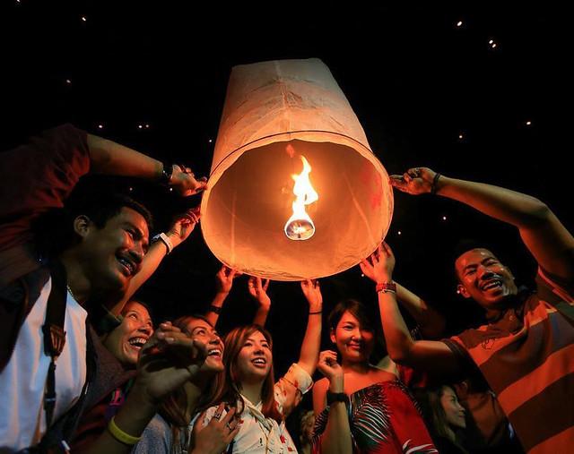 Chiang Mai Yee Peng Lantern Festival Floating Lantern