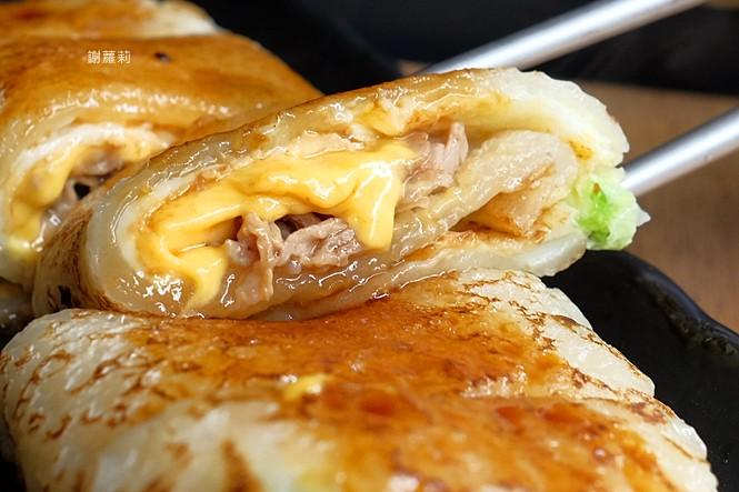 27062311239 a35ae22b6b b - 蘇媽媽蛋餅 | 在地人激推,台中現在僅存少數的古早味粉漿蛋餅,筍香東坡肉、塔香海瓜子、鳳梨蝦球,每週限定、錯過就吃不到!