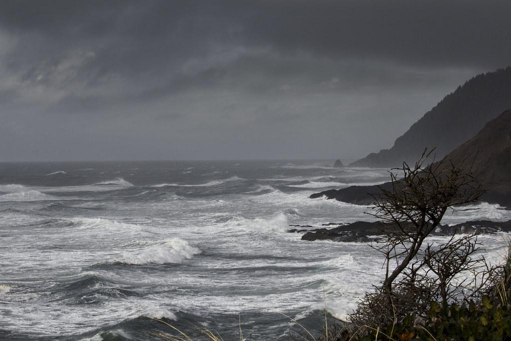 Winter storm  Oregon coast  Bonnie Moreland  Flickr