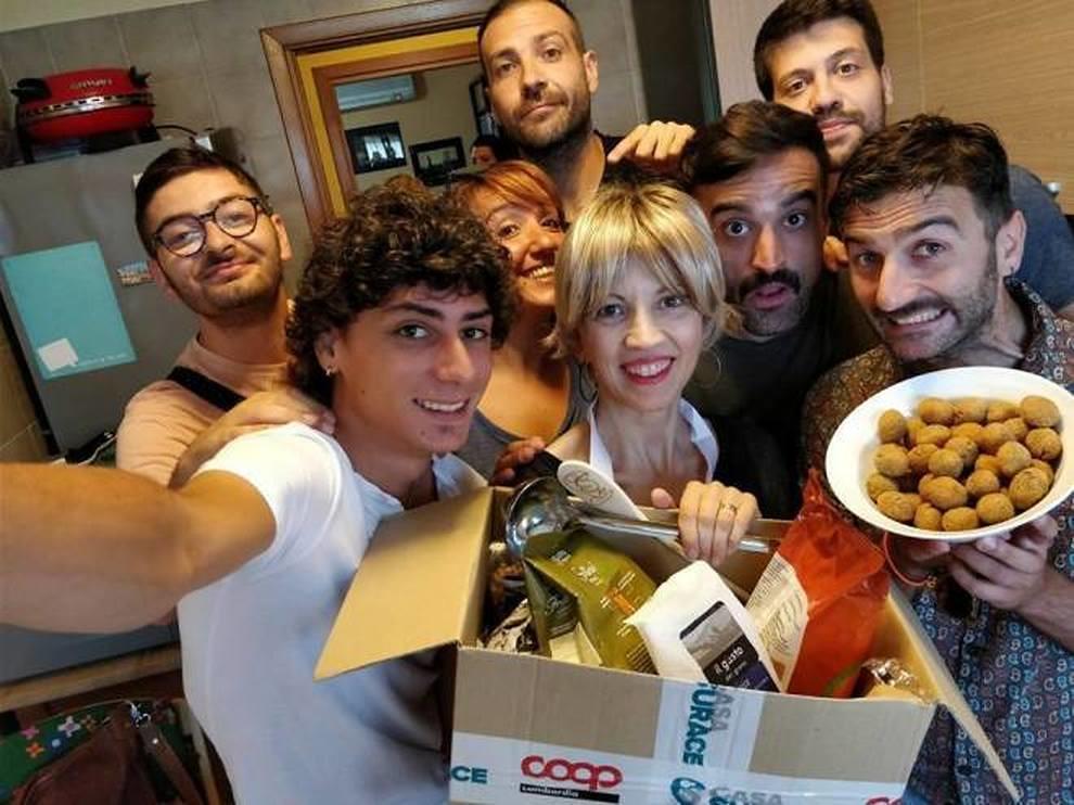 Casa Surace a Sanremo 2018 Proveremo a far mangiare il caciocavallo a Claudio Baglioni