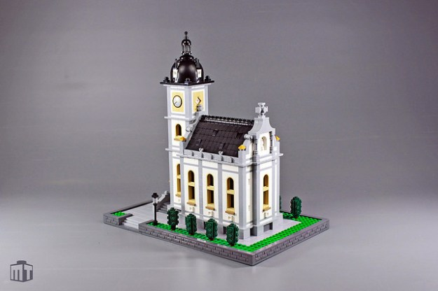 A Very Nice Microscale Church The Brothers Brick The