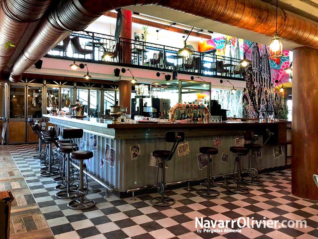Decoracn estilo industrial  Diseo de Resto Bar Oberge