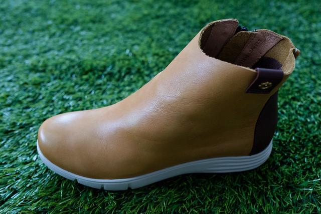 為長輩們挑選最舒適、最好的禮物。La new生活防水系列休閒鞋晴天、雨天都能穿CP值超高 @ 結婚。幸福 :: 痞客邦