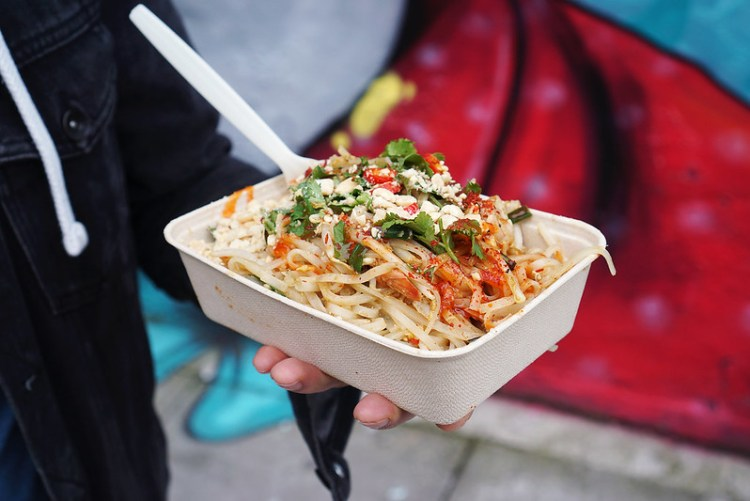 Gluten free pad Thai from Thai on the Fly market stall | gluten free Broadway Market guide | Hackney | East London