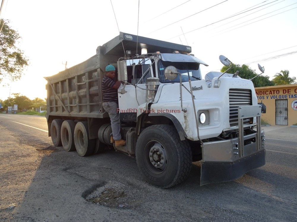 medium resolution of  mack r dump truck by rd paul