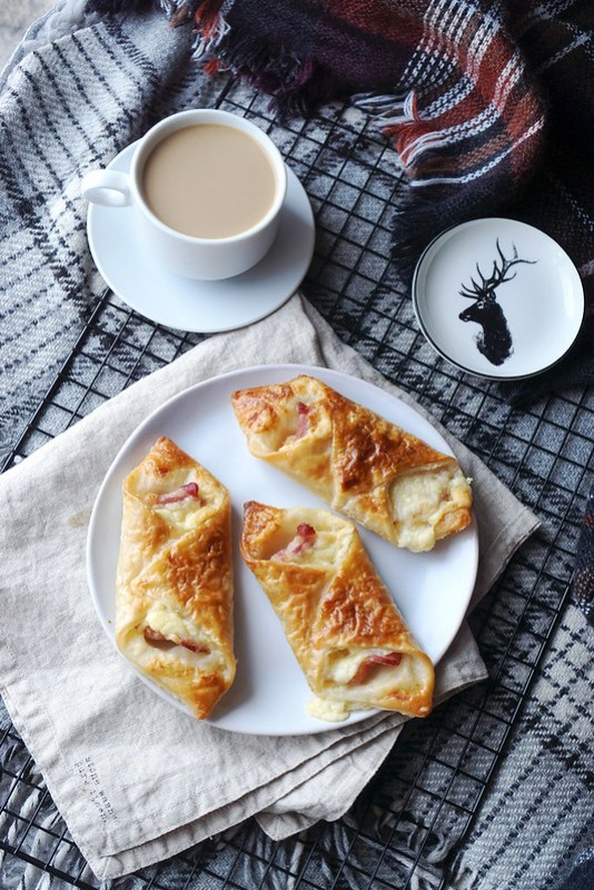 Gluten free cheese and bacon pastries made with Jus-Rol gluten free puff pastry | Greggs copycat recipe | Featuring a mini deer plate from H&M Home