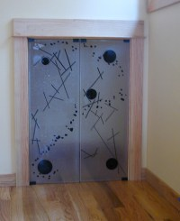 Short Closet Doors | These simple doors are mounted with ...